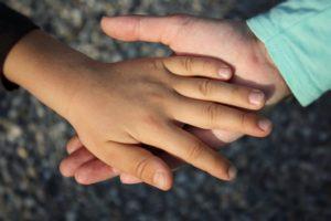 hand-838975_960_720